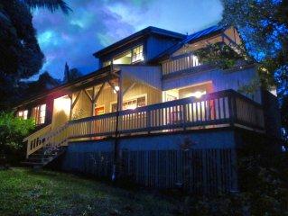 Tropical Oasis at the Mango House with wraparound lanai