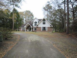 Great Golf Course Home and Only 14 Miles to Parris Island