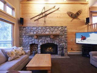 Affordable Luxury-Ski In Across the Street-Walk To Lift and Town-Shuttle Route