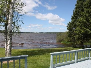 Sunset Bay Retreat with Spectacular Views and Sand Frontage!!
