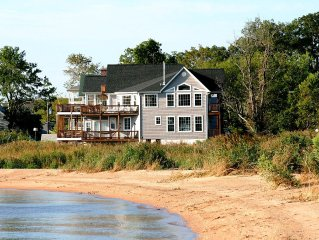 Chesapeake Haven: Luxury Chesapeake Bay Home with Amazing Water Views All Around