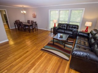 Large Home w/2Kitchens,Foosball&BBQ -Only 10 Min to Airport & Close to Downtown!
