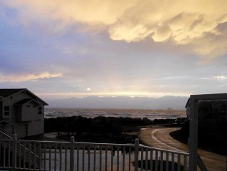 Walk To The Beach, This Spacious Ocean View Beach House W/ Hot Tub Awaits You