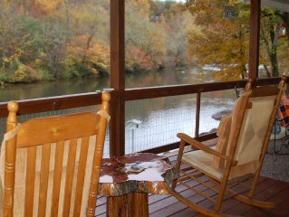 Riverfront Cabin in the Mnts on the Tuckasegee near Bryson City and Cherokee