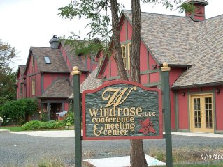 One Bedroom Suite on 1.5 Acres in Wine Country