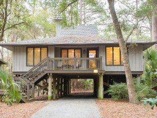 Full Resort Privileges 3 BR Cottage  including Golf, Water Parks, Fitness Center