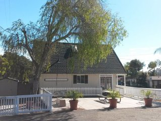 OCEAN VIEW LOFT IN DOWNTOWN PISMO BEACH WITH BALCONY, LARGE PATIO, PRIVATE YARD!