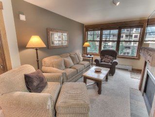 Awesome 2BR/3BA Condo in The Springs - Next to Gondola, Keystone