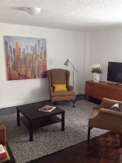 Beautiful Corporate Condo In Heart Of Downtown