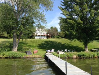 Large Reunion And Retreat Cottage, Sleeps Over 27, On Lakefront