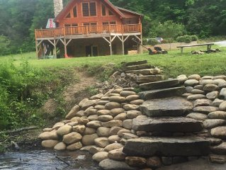 Luxury Riverfront Log Home Flyfishing