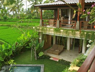 Look No Further! 3BR luxury Villa Solera in ricefields, short walk to Ubud