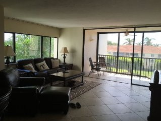 Beautiful 2BD/2Bath in a gated/secure community on the water