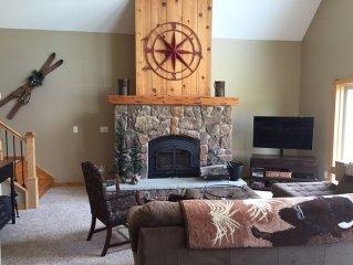 4 Bedroom, 3 full bath,  3200 sq. ft. Family Vacation Home near EVL, sleeps 12
