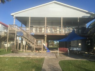 Waterfront on Galveston Bay with pier and boat lift!