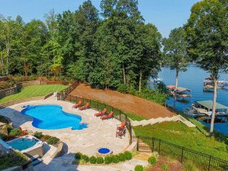 Bluebird Cove Private lakefront with Pool and covered boat dock