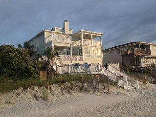 The Family All: Beautiful Oceanfront & Creekfront