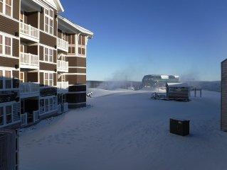 New Listing.. Mt Lodge 202..Slope Side..2Bd/2Bth