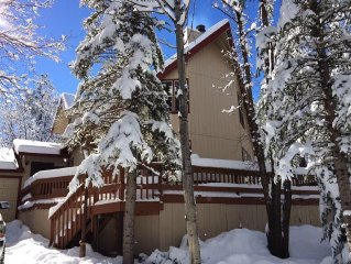 Special Ski Weekend Rates!  Bring everyone!!  Beautiful Spacious 5 Bedroom Cabin