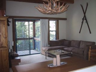 Northstar 2/1.5 Townhouse: Remodeled, WiFi, Family Friendly, Shared Pool/Hot Tub