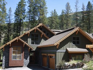 BearfootLodge - Location Location Location-6 Bdrm/5 Bath Home on Greywolf Golf