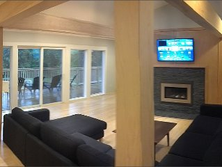 Modern Cottage Jackson, NH. Minutes from Hiking, Shopping, Storyland, Skiing