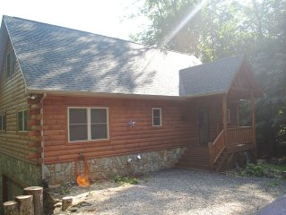 Beautiful Family Friendly Log Cabin In Private Mountain Location