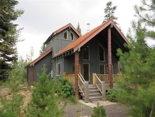 Cozy Cabin by Lake of The Woods, Crater Lake, Ashland, & Other Mountain Lakes