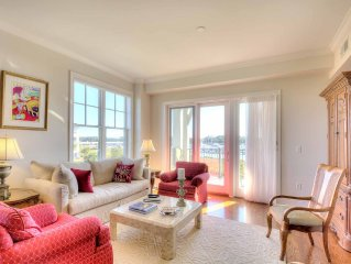 Spacious Waterfront Condo With Fabulous Views Of Marina & Intracoastal Waterway