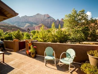 Stargaze on your own private patio. In the heart of Springdale! 1 mile to ZNP