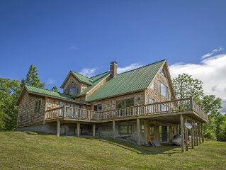 Round Mountain Lodge | Huge Great Room | Sleeps 16+