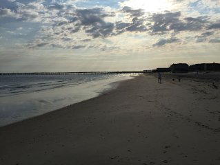 Beach Condo Steps Away From The Beach