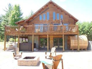 Grand Pines Log Lodge, Breathtaking Views, Near Whiteface & Lake Placid