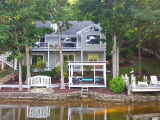 Luxurious, 5 Star Experience, Lakefront Home on Horseshoe Bend