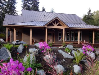 New Alyeska/Girdwood VRBO! Upscale Custom Craftsman 2 Blocks from Resort Base