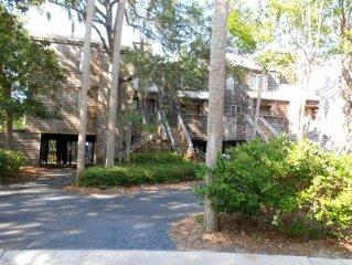 5 Star Reviews East Beach Villa- Sleeps 6,  Resort Amenities Included