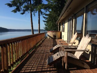 Olympia, Waterfront, Beach house on Puget Sound overlooking Mt Rainier