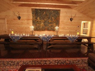 Country Estate With A Bunk House, Heated olympic pool, and 2 Full Kitchens