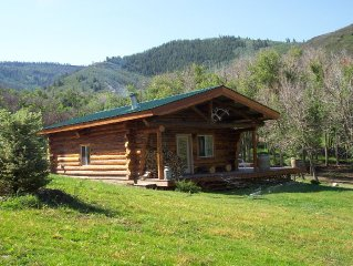 Private Cabin - Located Minutes From Glenwood Springs, Aspen & Vail