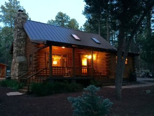Real Log Cabin & Guest Cabin Near Flagstaff, Grand Canyon, Polar Express And Mor