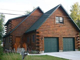 Beautiful Wisconsin Lake-front Log Home