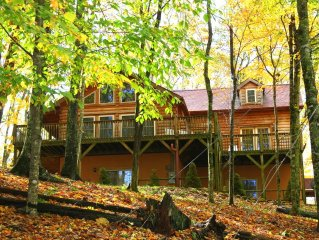 Winter Spring Summer Or Fall, This House Has It All, 1/2 hour from Asheville