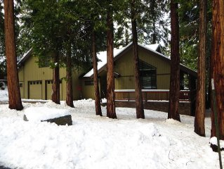 Prestigious Granite Rdge  mtn cabin w/ large kitchen, decks. 80in tv & game room