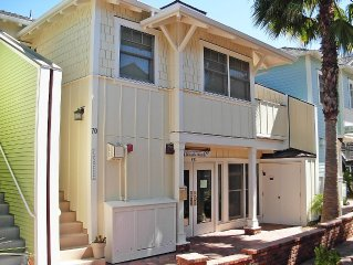 1 Bedroom Condo W/outdoor Ocean View Bbq Kitchen - Steps To Beach & Town
