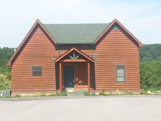 Cabin by the Lake! Pet friendly
