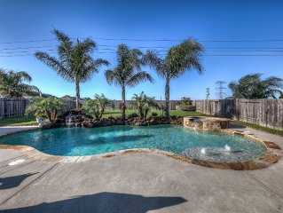 Family friendly gorgeous home with tuscany/western flair,pool, pool table