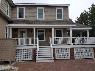 Avalon Townhouse New Addition~ Great Location!