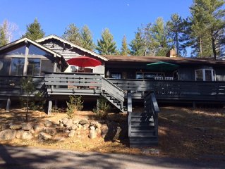 Fish the AuSable River! Family friendly, Pet Friendly, Ranch home. WiFi