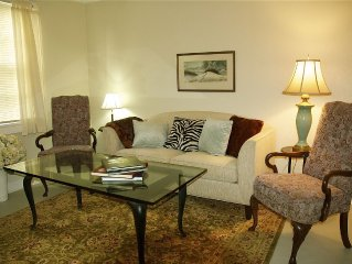 MARIGNY'S CARIBBEAN COTTAGE--CHARM, CONVENIENCE AND COMFORT!!!