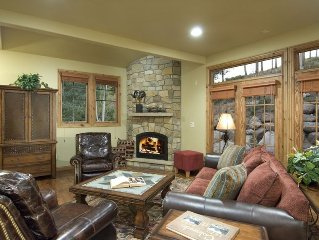 Three Peaks - Luxurious Home for Your Next Golf/Ski Vacation
